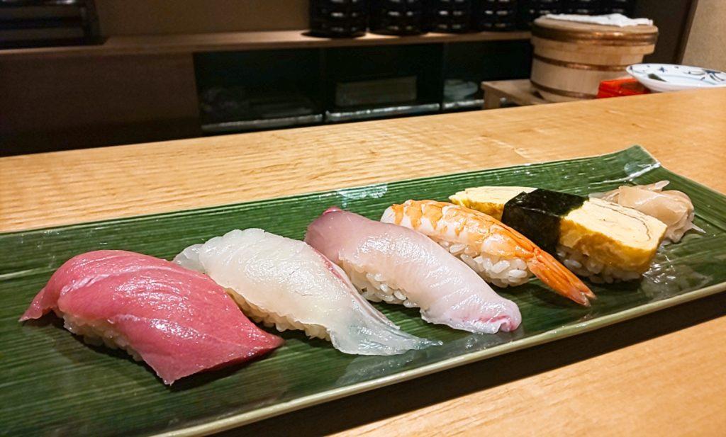 鮨割烹海宮の寿司