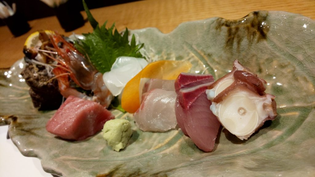 鮨割烹海宮の地魚のお造り