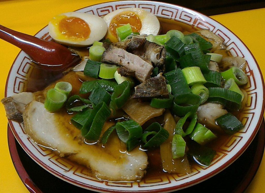 梅田にある麺屋7.5Hz+の中華そば