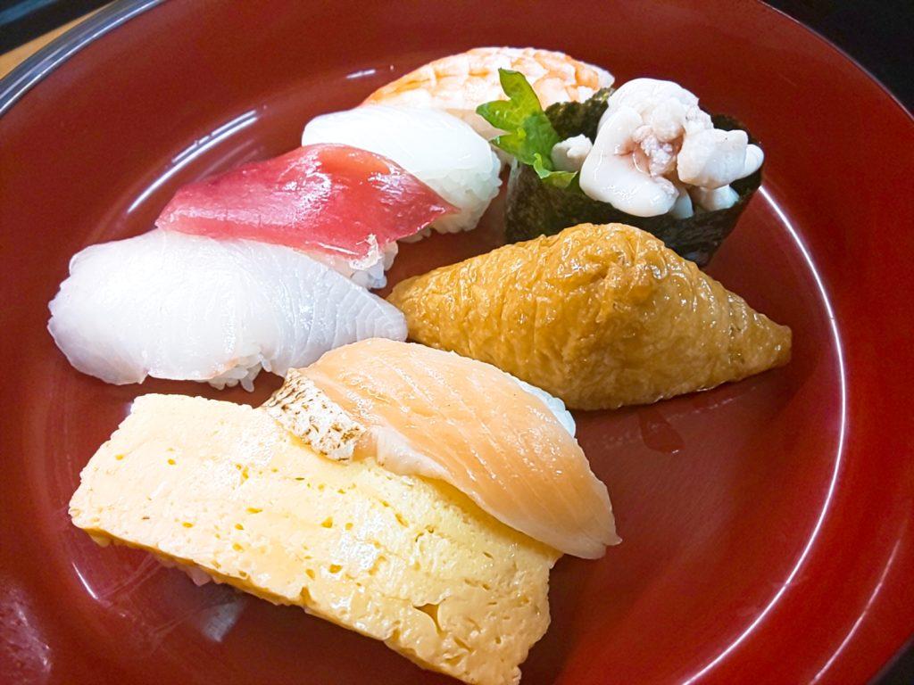 堺市の回転すしバリューランチのお寿司