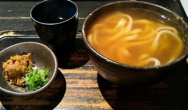 京都市にある山元麺蔵のうどん