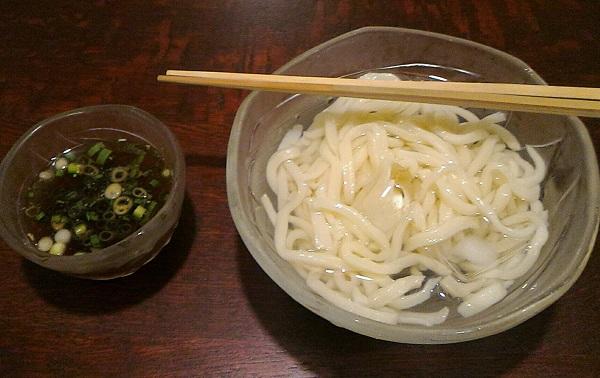 奈良市にある重乃井の宮崎うどん
