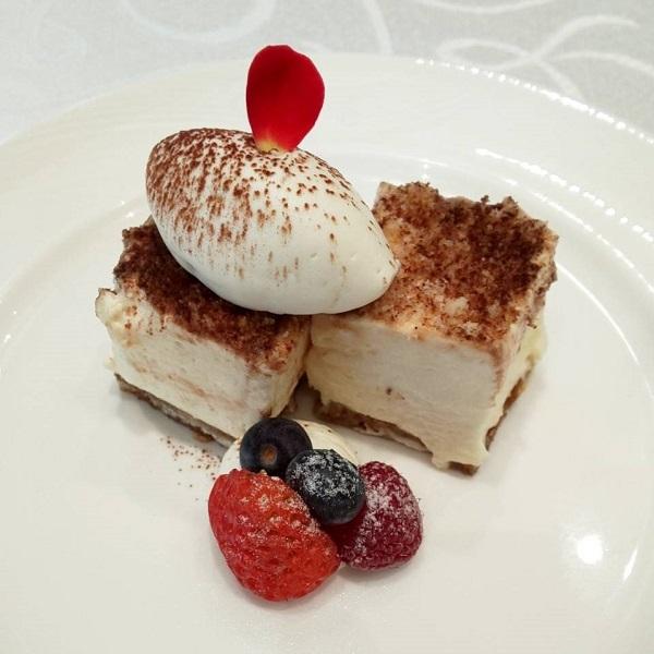 大阪府の結婚式場、ホテルロイヤルクラシック大阪のデザート